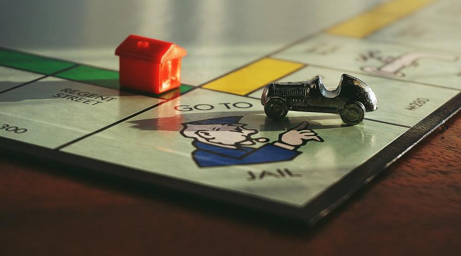 galda speles monopols