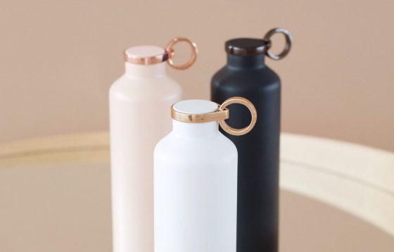 Viedā ūdens pudele